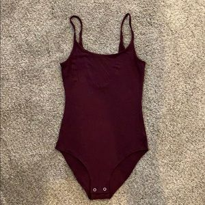 AE - soft&sexy maroon bodysuit